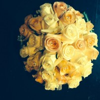 peach & ivory rose bouquet